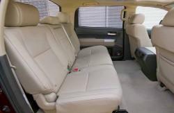 Toyota Tundra, салон, кресла второго ряда, японский автопроизводитель, машина