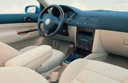 Volkswagen Bora, авто, Германия, салон, руль, торпеда, интерьер
