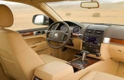 Volkswagen Touareg, Германия, авто, кроссовер, вездеход, интерьер, руль, торпеда