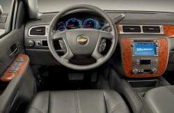 Шевроле Тахо, машина, интерьер, руль, передняя панель