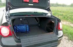 Volkswagen Passat B6, седан, авто, Германия, багажное отделение, салон