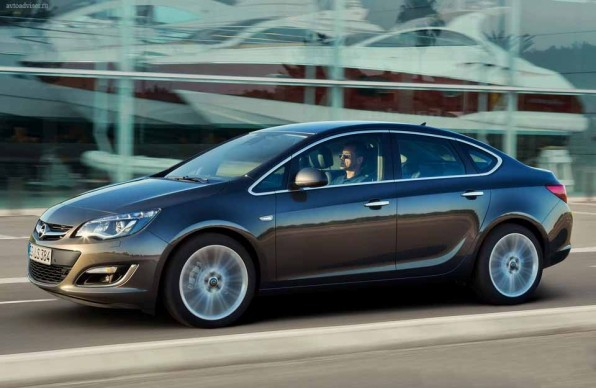 Opel Astra Sedan — компакт класс по-немецки